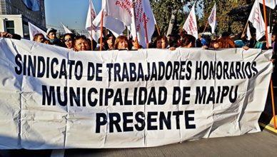 trabajadores a honorarios marchan en maipú